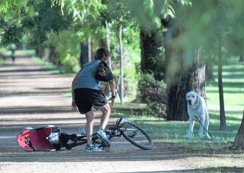 Carlos Baute en bici