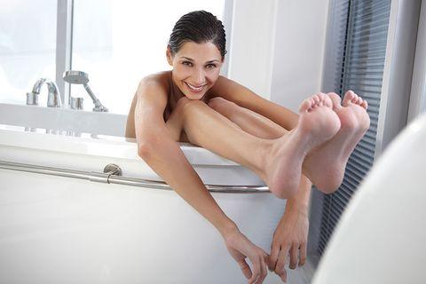 Leg, Skin, Human leg, Beauty, Foot, Bathtub, Sitting, Toe, Footwear, Black hair,