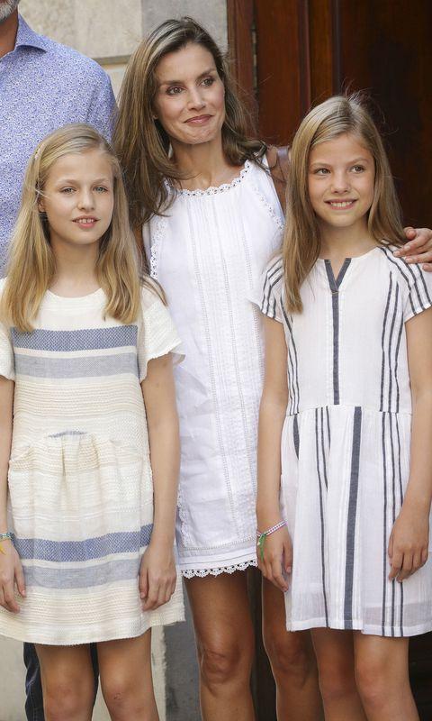 White, Clothing, Fashion, Blond, Dress, Child model, Fashion design, Event, Child, Long hair,