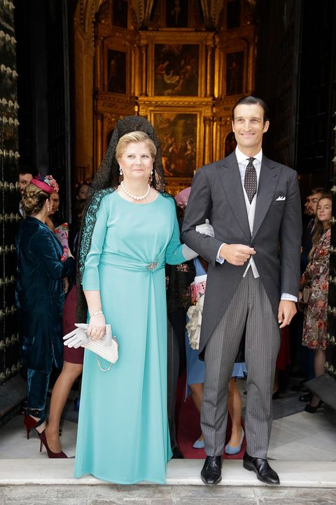 Event, Fashion, Dress, Formal wear, Ceremony, Suit, Wedding, Gown, Haute couture,
