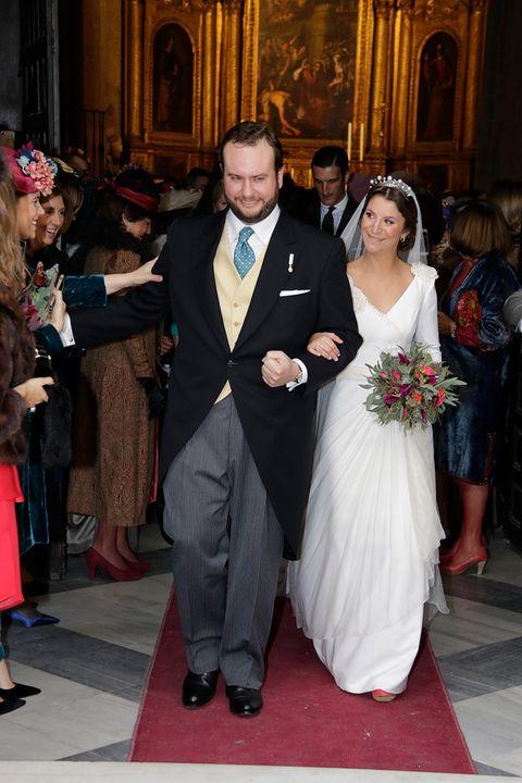 Ceremony, Marriage, Event, Formal wear, Wedding dress, Wedding, Dress, Gown, Tradition, Bride,