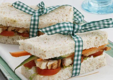 Receta Sandwich de lechuga y pollo