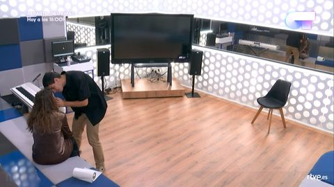 Floor, Laminate flooring, Flooring, Hardwood, Wood flooring, Room, Interior design, Design, Furniture, Wood,