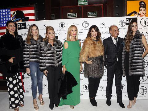 Fashion, Event, Eyewear, Footwear, Fashion design, Fur, Style, Team, Performance,