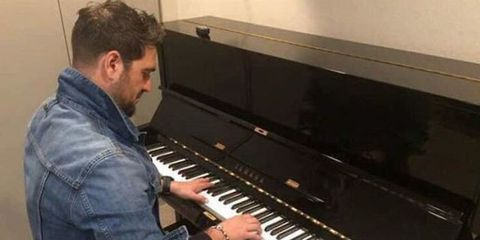 Piano, Musical instrument, Electronic instrument, Musical keyboard, Keyboard, Pianist, Musician, Keyboard player, Technology, Player piano,