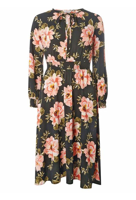 Clothing, Sleeve, Dress, Day dress, Pink, Outerwear, Blouse, Robe, Neck, Top,