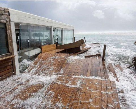 Sky, Sea, Winter, Wave, Architecture, House, Coast, Ocean, Rock, Home,