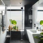 Plant, Interior design, Property, Floor, Architecture, Glass, Flooring, Ceiling, Real estate, Fixture,