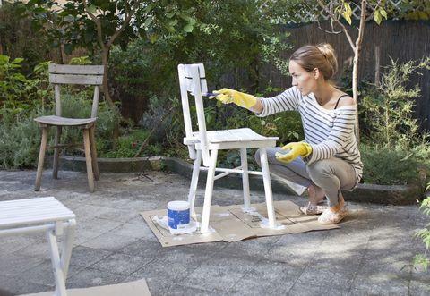 Plant, Flowerpot, Garden, Backyard, Shrub, Stool, Yard, Houseplant, Outdoor furniture, Outdoor table,