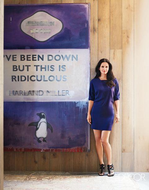 Penguin, Sleeve, Shoulder, Purple, Style, Flightless bird, Street fashion, Collar, Electric blue, World,