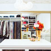 Room, Interior design, Flowerpot, Furniture, Clothes hanger, Shelving, Interior design, Closet, Bouquet, Flower Arranging,