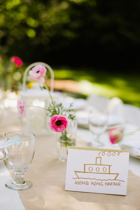 14 Colorful And Inspiring Spring Wedding Tablescapes