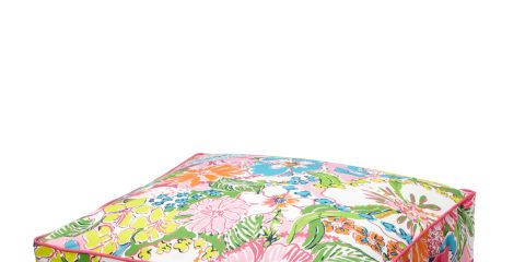 Linens, Bedding, Cushion, Home accessories, Creative arts, Bed sheet, Bed,
