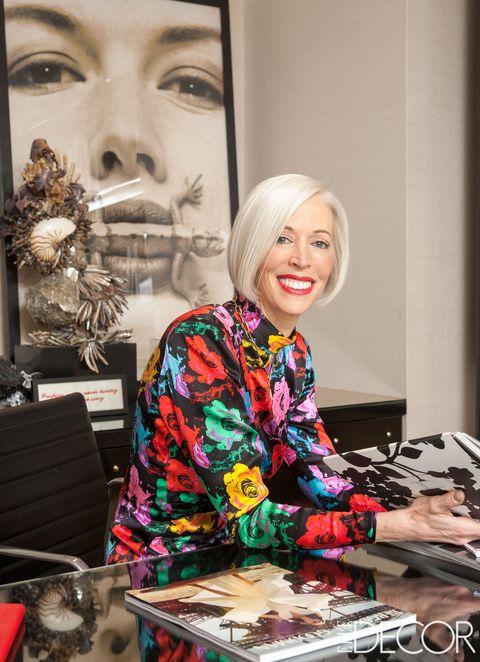 Eyelash, Makeover, Desk, Eye liner, Cosmetics, Box, Office equipment, Office supplies,