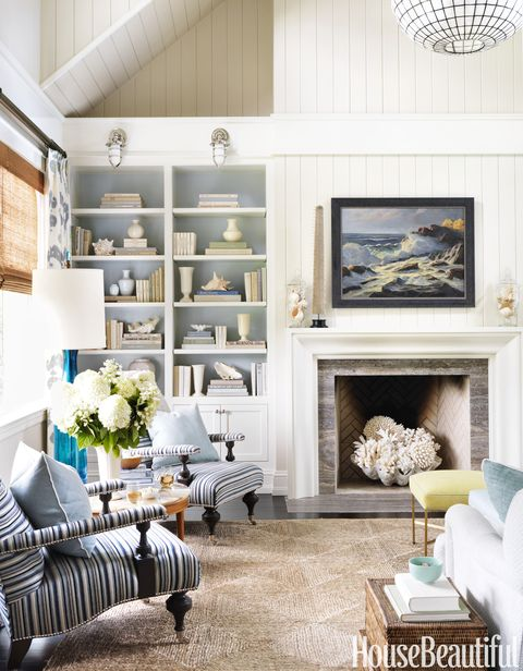 Wood, Room, Blue, Interior design, Living room, Green, Home, Wall, Floor, Furniture,