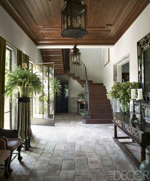 Lighting, Interior design, Property, Floor, Stairs, Flooring, Ceiling, Flowerpot, Light fixture, Interior design,