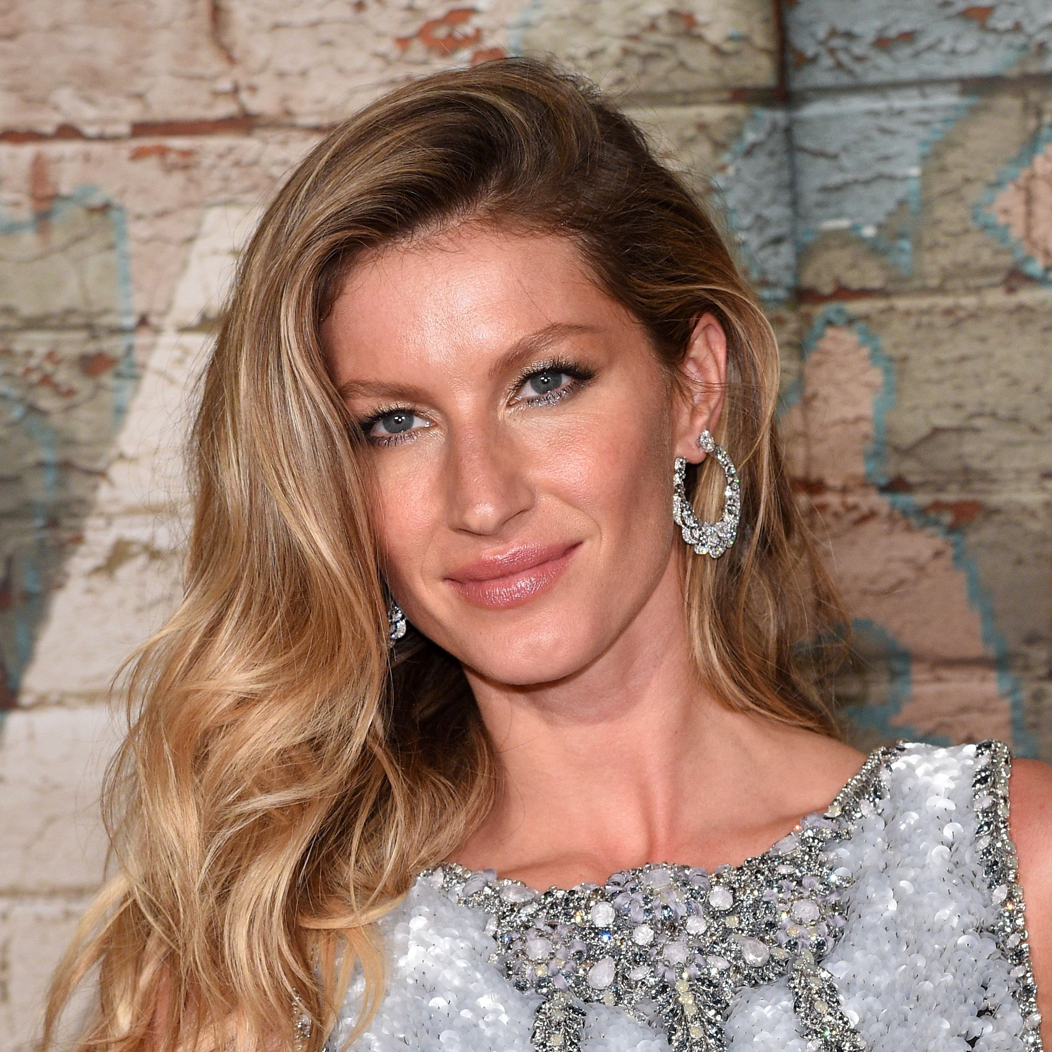 NEW YORK, NY - OCTOBER 13:  Model Gisele Bundchen attends the CHANEL Dinner Celebrating N°5 THE FILM by Baz Luhrmann on October 13, 2014 in New York City.  (Photo by Andrew H. Walker/Getty Images for CHANEL)