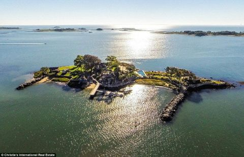 A Private Island Overlooking NYC Is Now Available For $11 Million