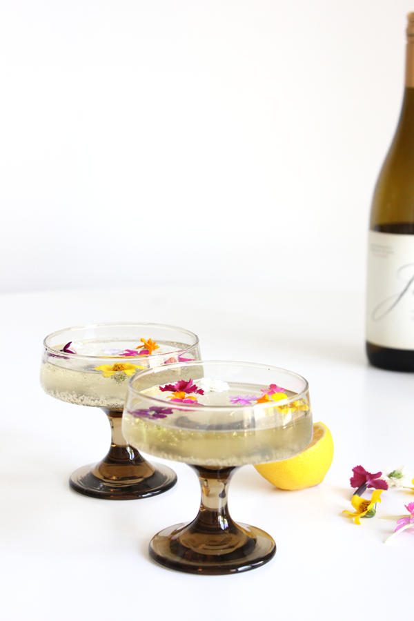 14 cocktails every flower lover should know
