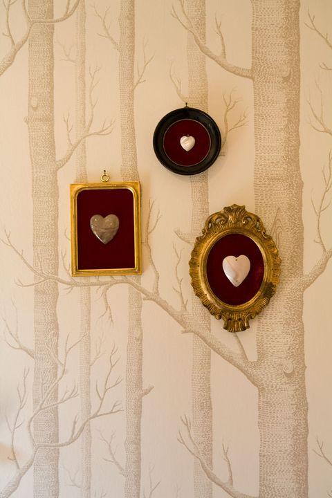 Red, Yellow, Wood, Circle, Doorbell, Window,