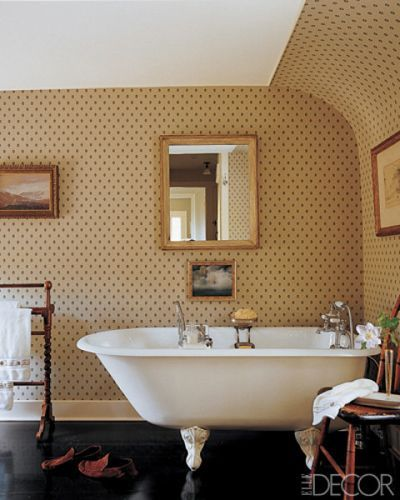 15 Bathroom Wallpaper Ideas Wall Coverings For Bathrooms Elle Decor