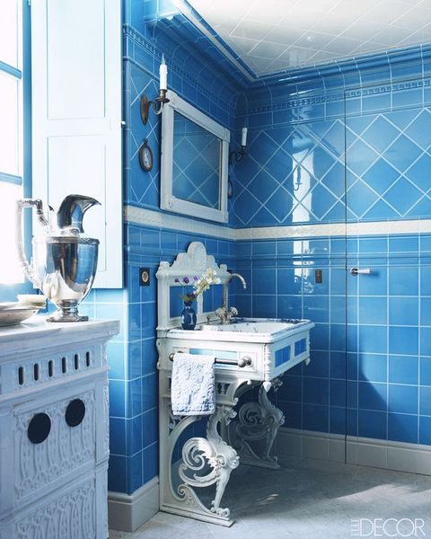 Blue, Bathroom, Room, Tile, Laundry room, Property, Interior design, Building, Floor, Architecture,