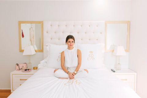 Room, Dress, Shoulder, Textile, Bedroom, Bedding, Comfort, Linens, Interior design, Bed sheet,
