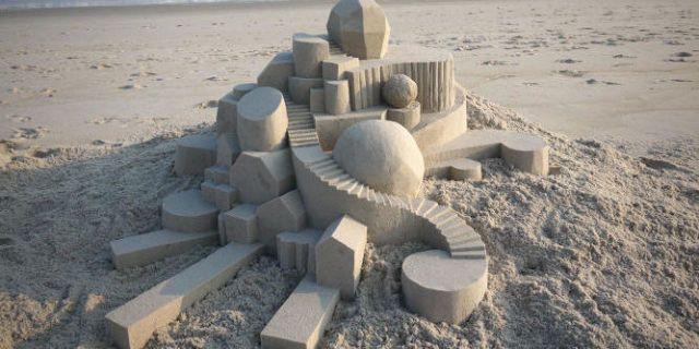 Meet The Man Revolutionizing Sand Castle Architecture