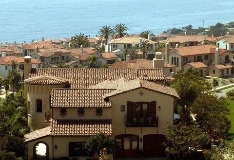 The 10 Most Expensive Beach Towns In America