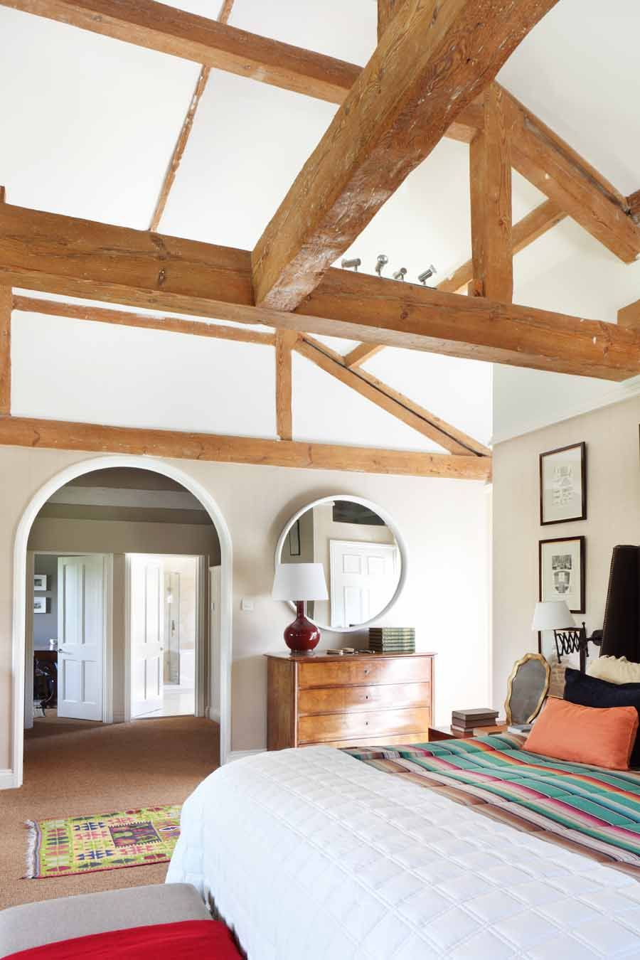 HOUSE TOUR: A Former Horse Stable Becomes A Stunning English Estate