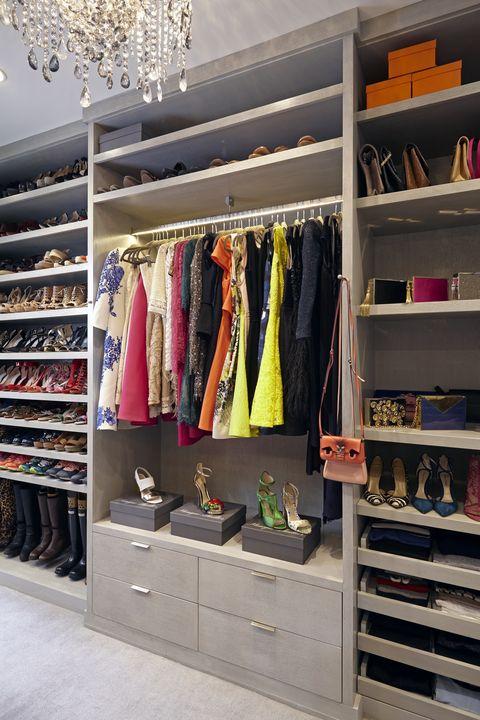 Shelf, Shelving, Room, Closet, Clothes hanger, Fashion, Retail, Collection, Outlet store, Boutique,