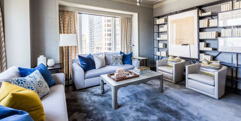 HOUSE TOUR: A Chicago Pied-à-Terre Inspired By The Sunset