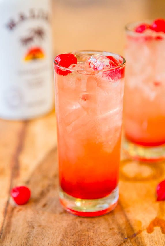 13 best rum mixed drink recipes easy rum cocktails for Easy fruity mixed drinks