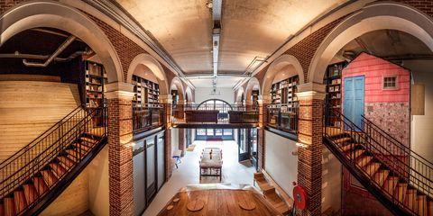 Interior design, Architecture, Ceiling, Arch, Hall, Light fixture, Interior design, Arcade, Handrail, Symmetry,