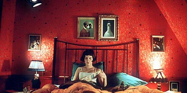 15 Dreamy Bedrooms From Classic Movies We Love