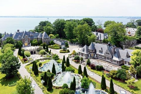A Russian-Style Palace In Long Island Is Asking $100 Million