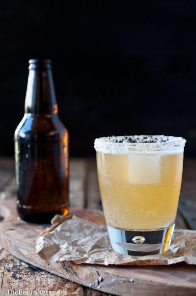 Liquid, Drinkware, Drink, Alcoholic beverage, Alcohol, Barware, Beer, Bottle, Glass, Glass bottle,