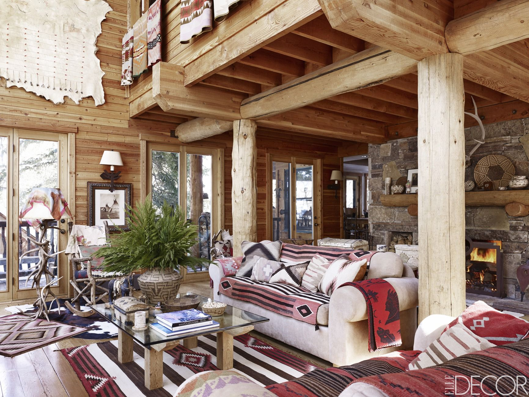house tour from the mountains to the beach a fashion execs two getaways stun - Ralph Lauren Decorating Style