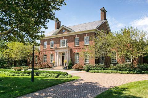 Plant, Property, House, Home, Real estate, Building, Residential area, Garden, Brick, Villa,