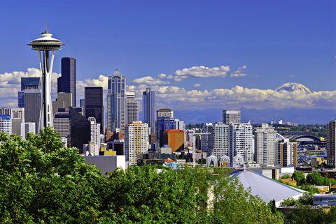 Tower block, Daytime, Metropolitan area, Urban area, City, Property, Tower, Neighbourhood, Cityscape, Metropolis,