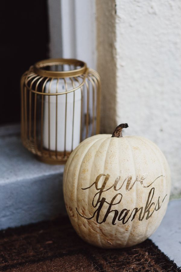 20 best thanksgiving decorations stylish thanksgiving decor ideas