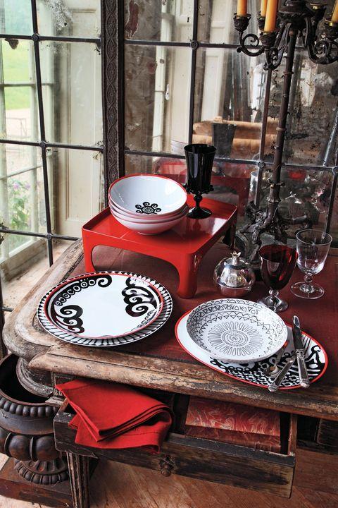 Serveware, Dishware, Barware, Tableware, Glass, Plate, Porcelain, Drinkware, Ceramic, Pottery,