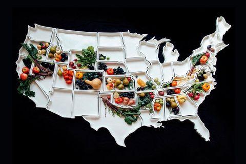 Food, Cuisine, Garnish, Dish, Recipe, Dishware, Culinary art, Delicacy, À la carte food, Produce,