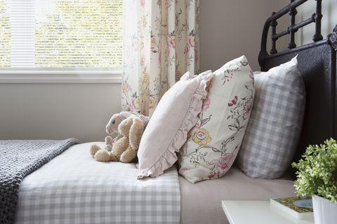 Interior design, Room, Textile, Linens, Furniture, Interior design, Window covering, Wall, Cushion, Pillow,