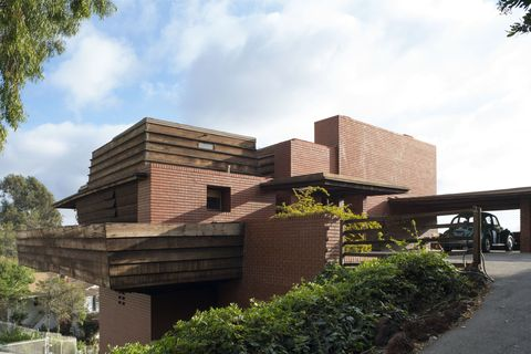 A Famous Frank Lloyd Wright Home Will Soon Go Up For Auction