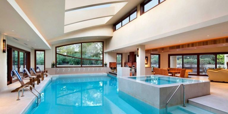 Indoor pools in mansions houses with indoor pools for Homes for sale in utah with swimming pools