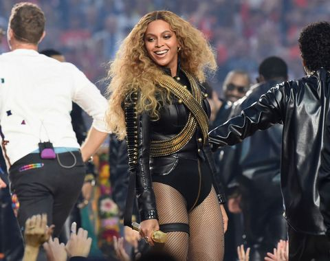 Step Inside The $10,000 A Night Airbnb Beyoncé Rented For The Super Bowl