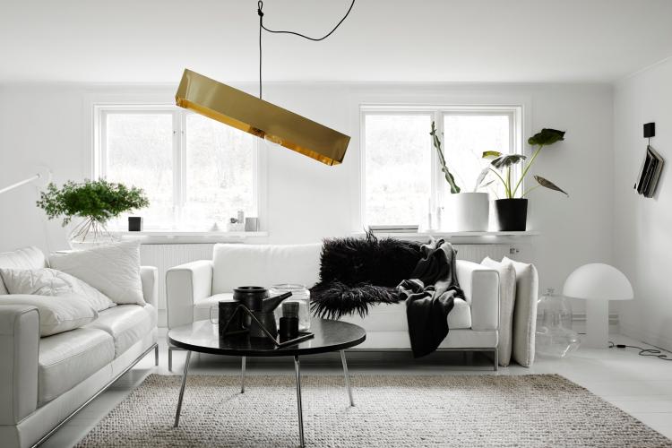 White wall room decor ideas