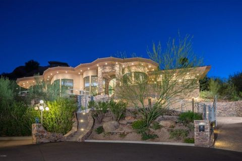 Alicia Keys Lists Arizona Mansion