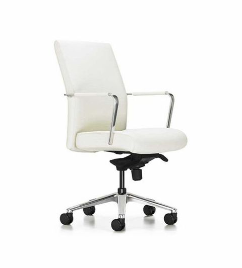 Thanks To A Versatile Silhouette This Chair Sits Pretty In Any Setting Whether Traditional Or Contemporary